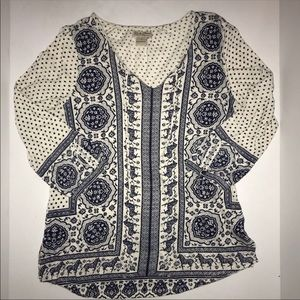 Lucky Brand cream with blue printed design top
